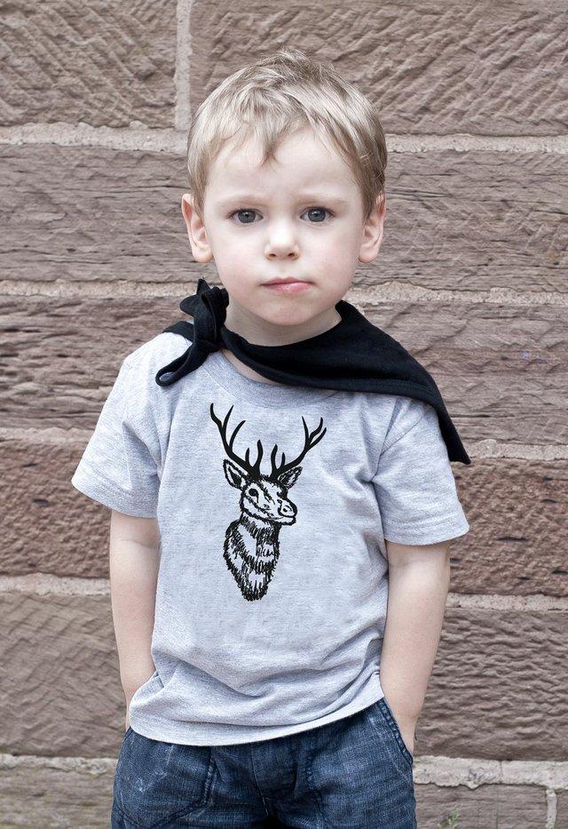 Hirsch_Shirt_Kids_Sweedie_ohneLogo.jpg