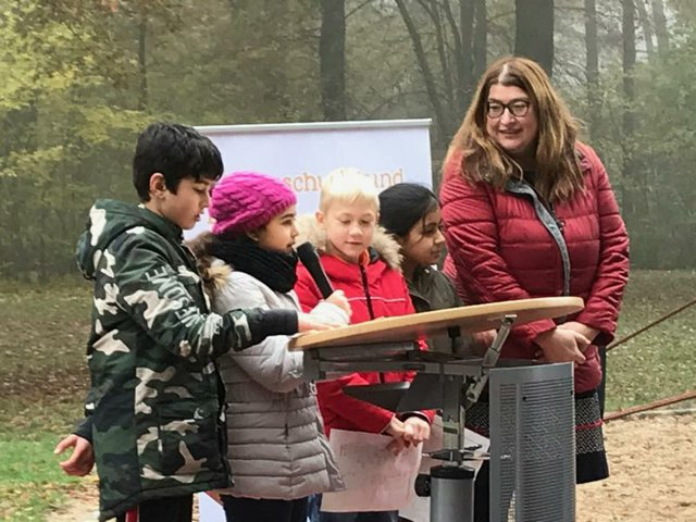 Anja Stahmann Platz der Kinderrechte Grundschule Uphuser Straße