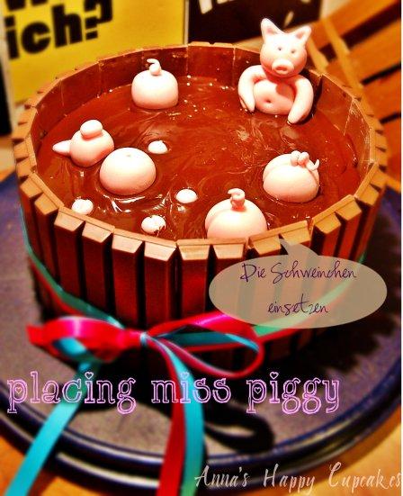 placing-miss-piggy.jpg