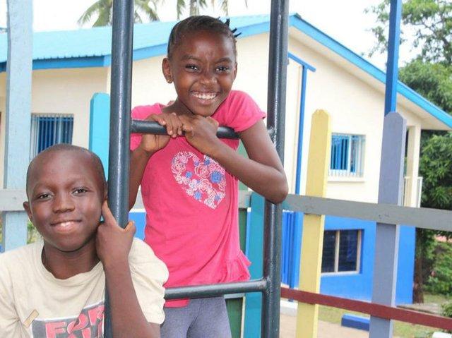 Lamia, Sierra Leone, SOS Kinder