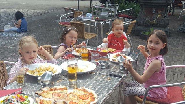 Der Kindertisch im Bistro-Café Am Neuen Markt