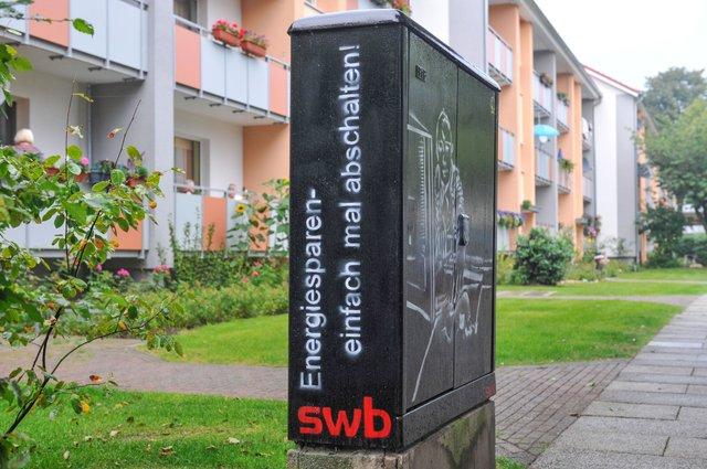 35_006_Junge_am_PC.jpg