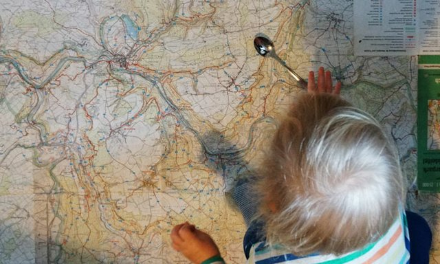 Löffel-Expedition mit Umgebungskarte
