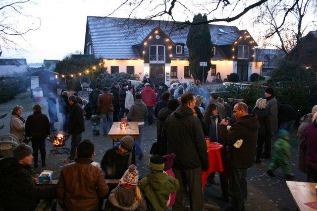 Weihnachtsbaumschlagen Hof Beckröge