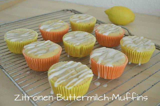Zitronen-Buttermilch-Muffins