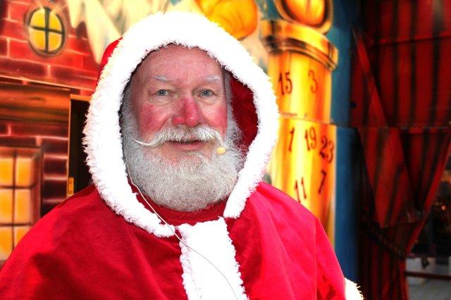 Weihnachtsmann auf dem Hanseatenhof