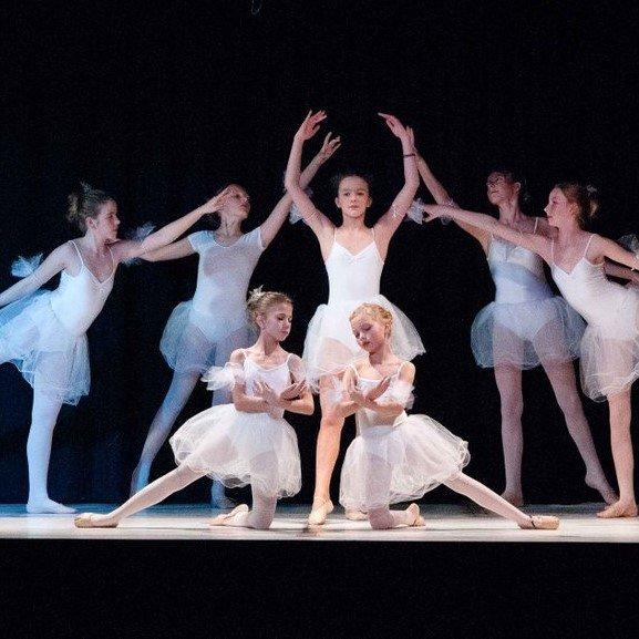Ballettschule-Pirouette.jpg