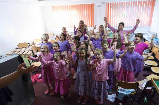 """Bremer Grundschule gewinnt """"Trialog der Kulturen"""""""