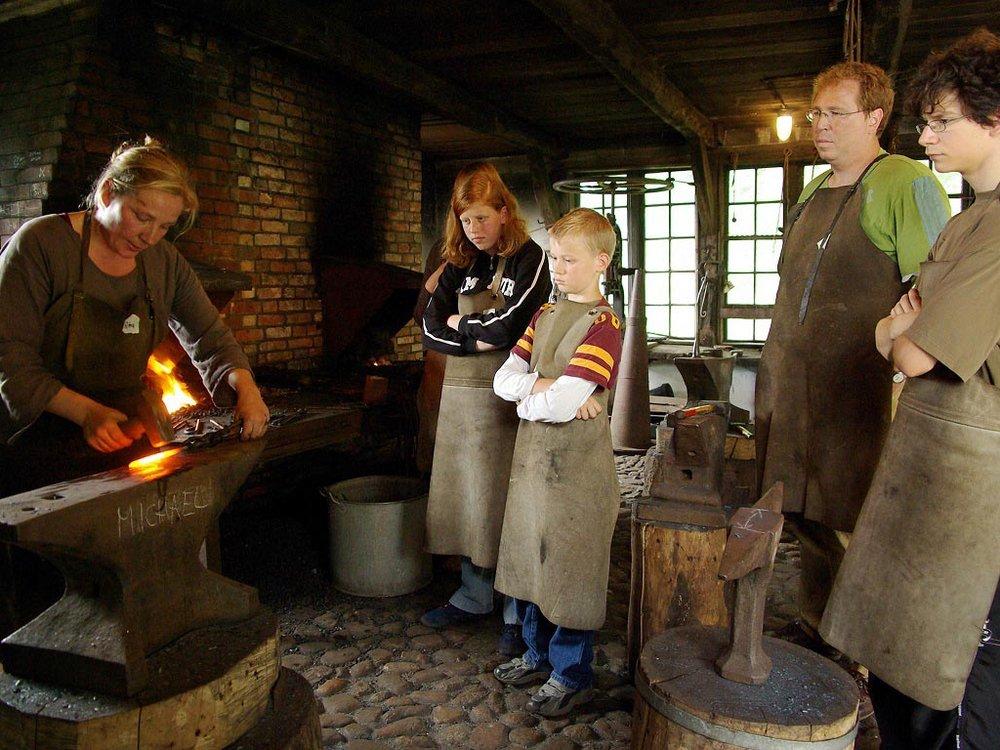 Sommerferienkurse im Freilichtmuseum am Kiekeberg
