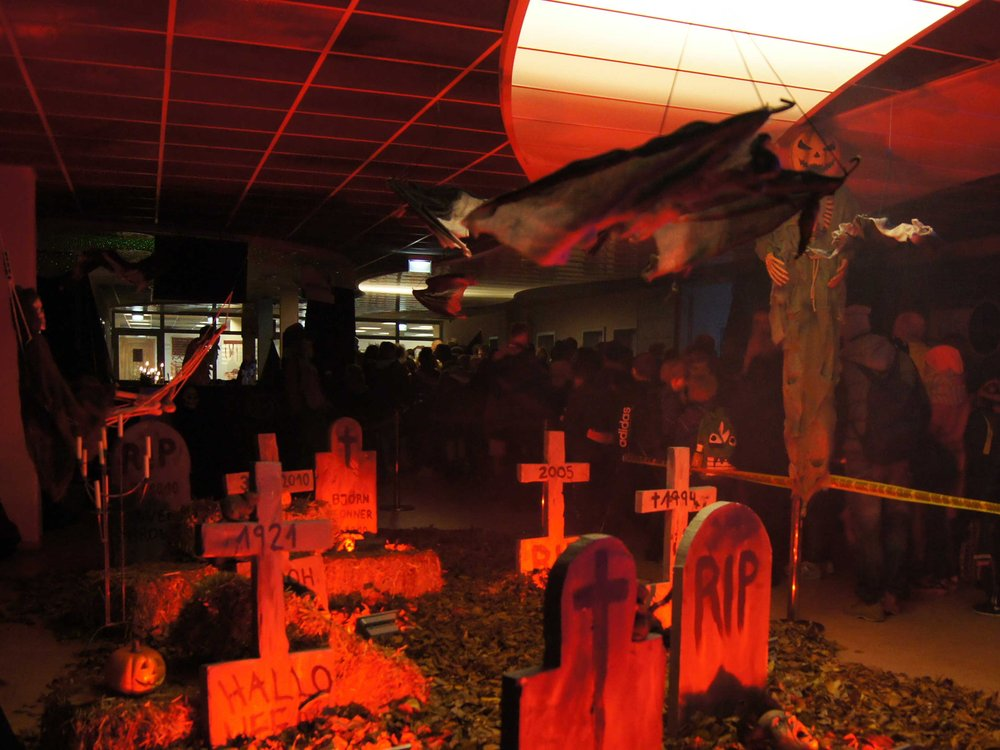 Halloween-Party-im-Südbad-(c)-Bremer-Bäder-GmbH.jpg