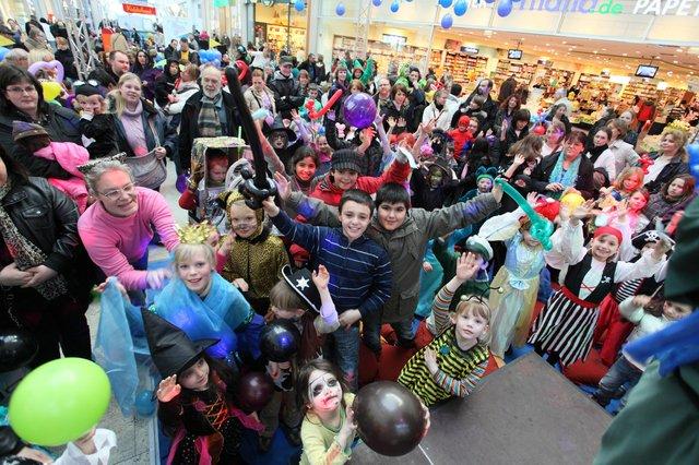 Kinder-Karneval mit DJ Toddy, Waterfront