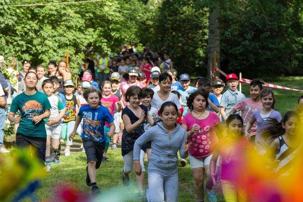2 - Outdoor Sport und Spiel_HB_Jul18_Sport an Orten_Start Sportmeilenlauf_(c)_Torsten Staack.jpg