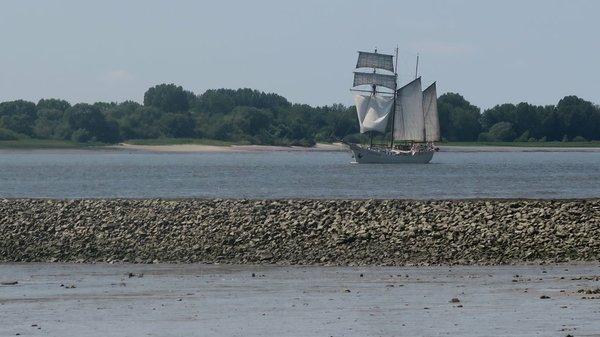 Elbe Strand Segelschiff