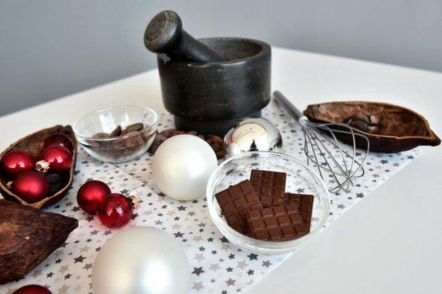 Forschen mit Oma und Opa - die Schokoladenwerkstatt