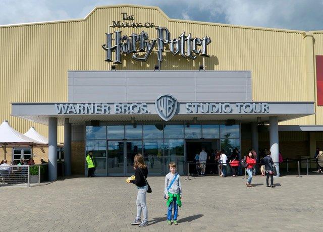 London_WarnerBroth.Studios1(c)SLuebker.jpg