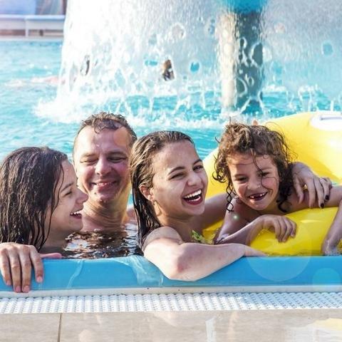 Fotolia - Familientag im Vitalbad
