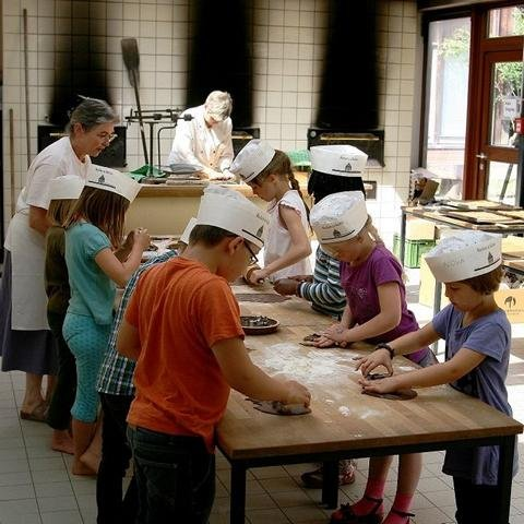 Kekse backen in der Schaubäckerei