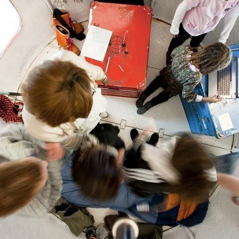 Kinder in der Forschungsstation Überseemuseum